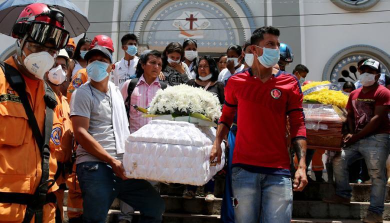 Número de víctimas mortales en Mocoa sube a 306