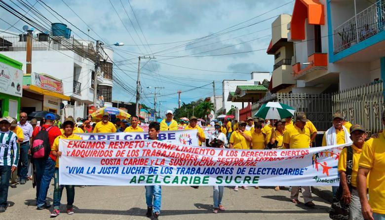 Cientos de personas marcharon por las calles de Sincelejo.