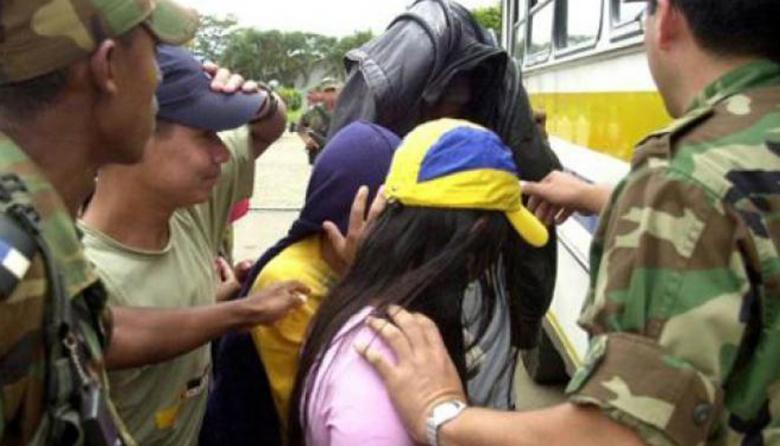 Farc entregan diez menores a Cruz Roja, que ya ha recibido a 86