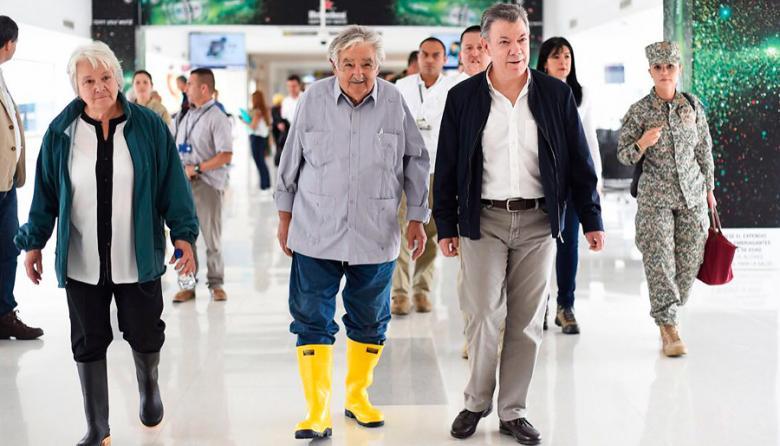 Por mal tiempo, Santos no pudo asistir a entrega de armas de Farc