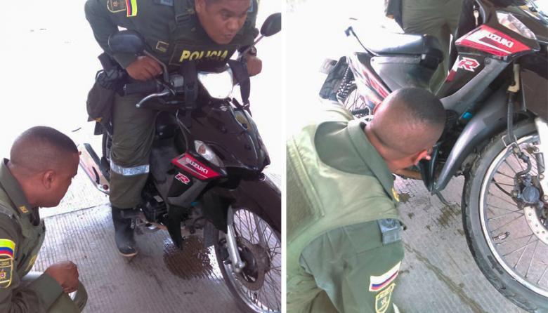 Gente bacana | Policías auxilian a motociclista varado