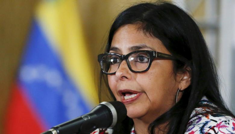 """Presidenta de Constituyente venezolana llama """"usurpador"""" a Santos"""