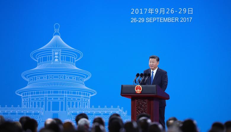 El presidente de China, Xi Jinping, habla durante la 86ª Asamblea General de Interpol, en Beijing.