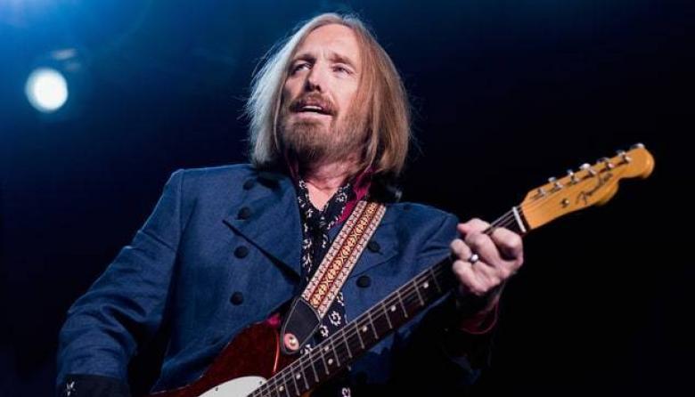 Rockero Tom Petty muere a los 66 años, anuncia su familia