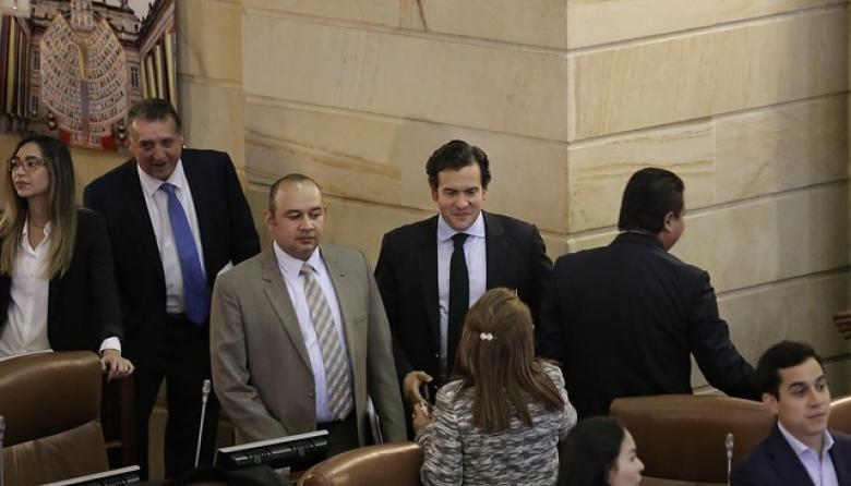 Advierten que reforma política buscaría financiar más a los partidos