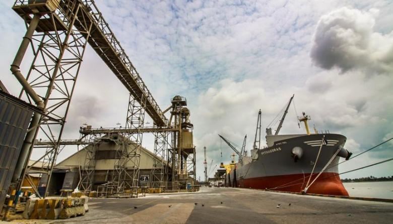 Exportaciones crecen casi 20% jalonadas por combustibles y manufacturas