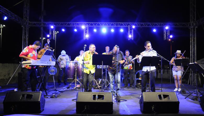 Orquesta Charanga Almendra.