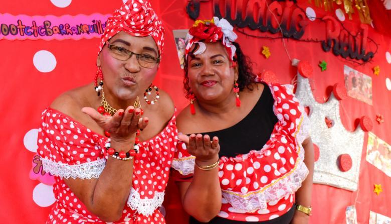 Isabel y Martha Muñoz son las matronas de las Negritas Puloy del barrio Montecristo.