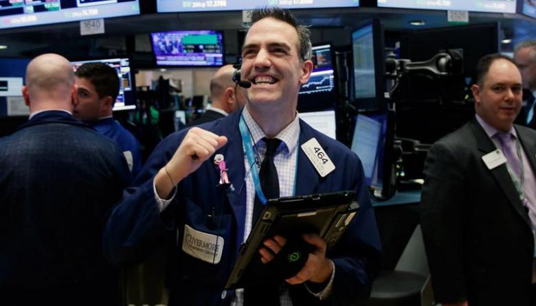 El cannabis llega al mercado oficial y pone eufórico a Wall Street