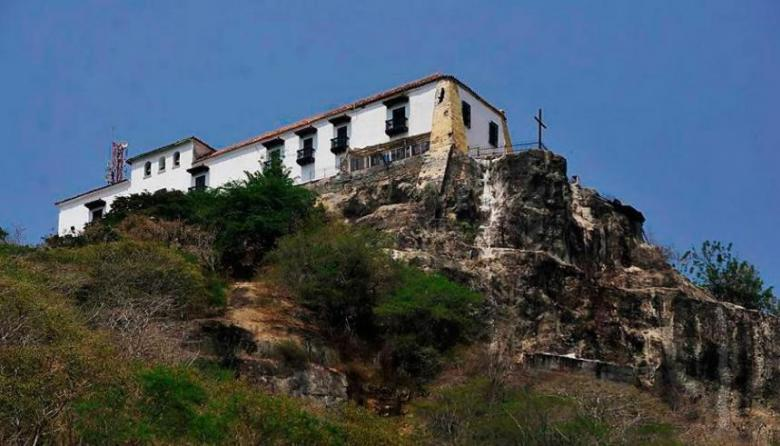 Denuncian invasión de lotes en las faldas del Cerro de La Popa