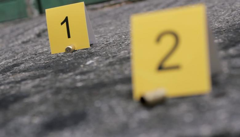 Con fusiles acribillan a dos personas en Caucasia