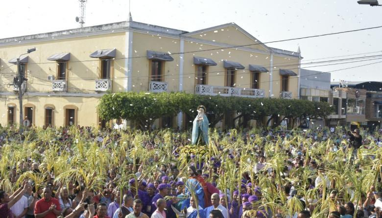 Sabanalarga da la bienvenida a la Semana Santa con la procesión del Domingo de Ramos