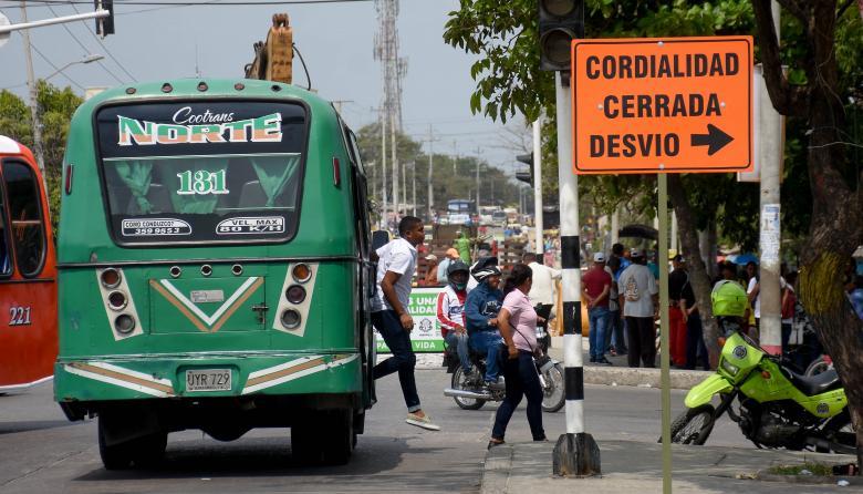 Vía La Cordialidad, a la altura del barrio San Martín, en donde comenzaron las obras de ampliación.