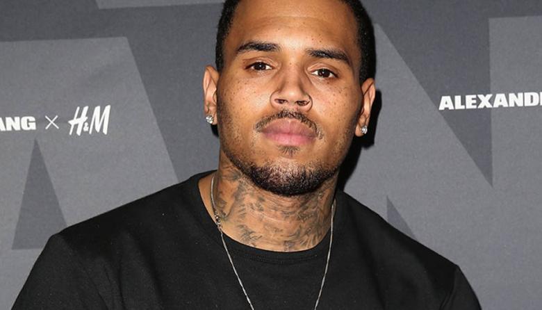 Cantante Chris Brown enfrenta demanda por agresión sexual