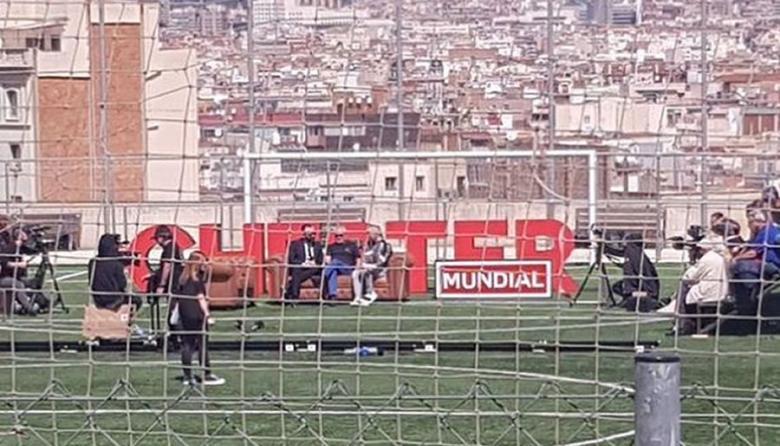 Ascienden a 18 los heridos tras caer una grada durante una entrevista al futbolista Iniesta