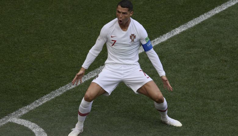 Cristiano Ronaldo celebra el tanto que anotó al minuto cuatro de juego.
