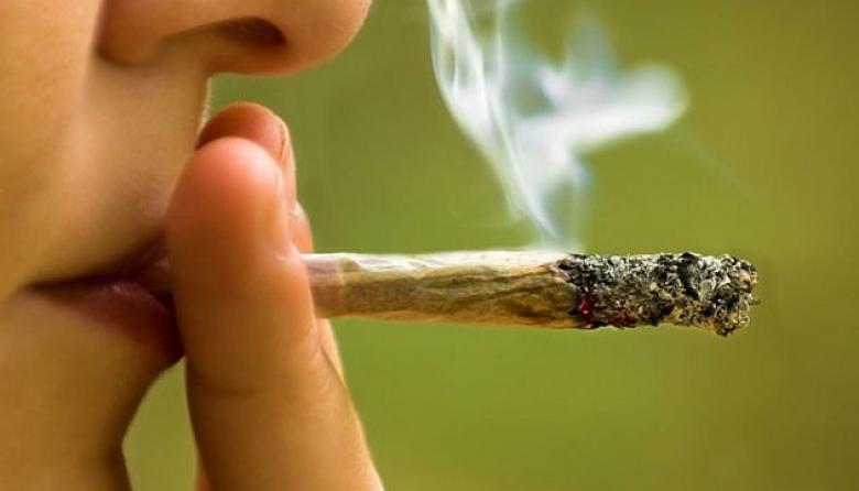 A la cárcel 5 personas por presunta extorsión a un joven por no consumir la marihuana que ellos comercializaban