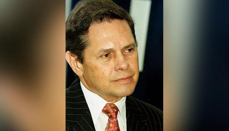 Juez declara reo ausente a Carlos Mattos