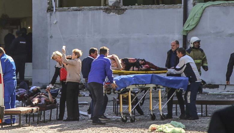 Al menos 18 muertos en ataque contra un colegio en Crimea