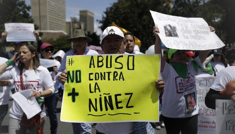 En 30 ciudades del país marcharon por la defensa de los menores de edad