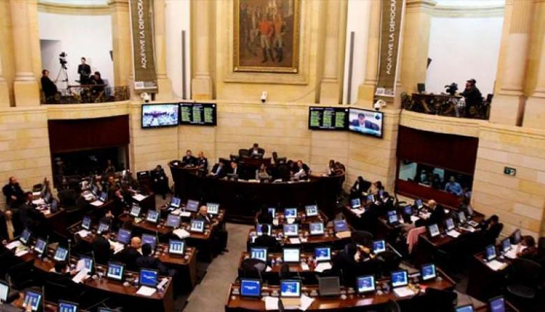 Se solucionó lío de los tiquetes aéreos para los representantes a la Cámara