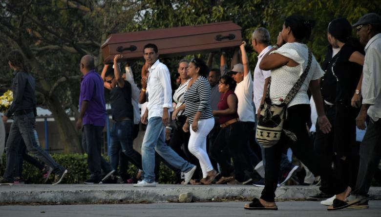 ¡Ay mi niña!, se llevaron a mi reina: madre de joven asesinada en Los Robles