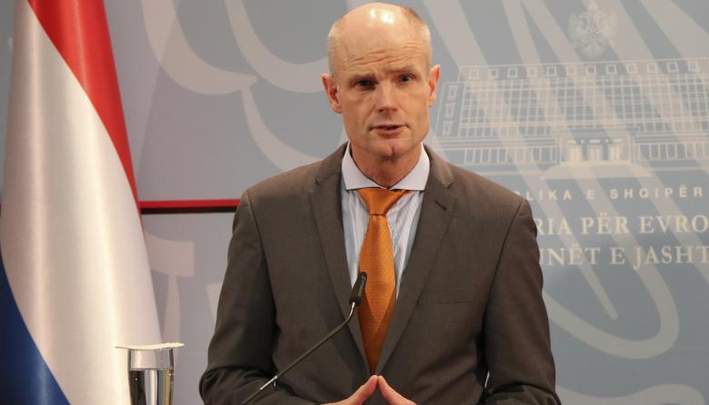 Holanda montará centro de ayuda a Venezuela en Curazao
