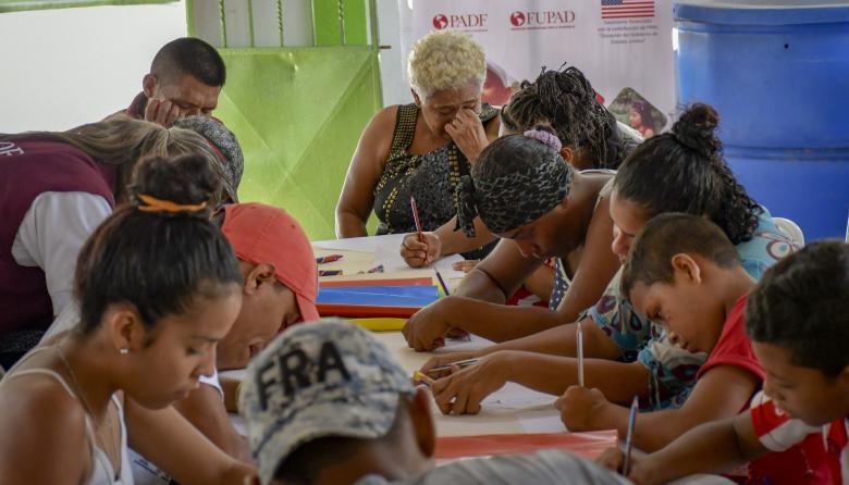 Unos 59 venezolanos deben abandonar refugio en 3 días