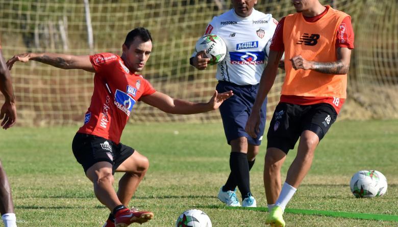 """""""Enfrentaremos a Envigado como si fuera el Palmeiras"""": Piedrahíta"""