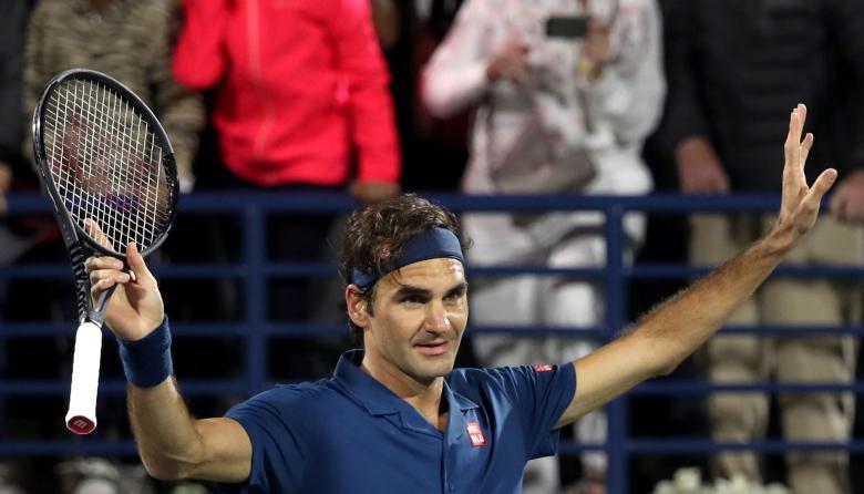 Federer busca su título 100 en la final de Dubái contra Tsitsipas