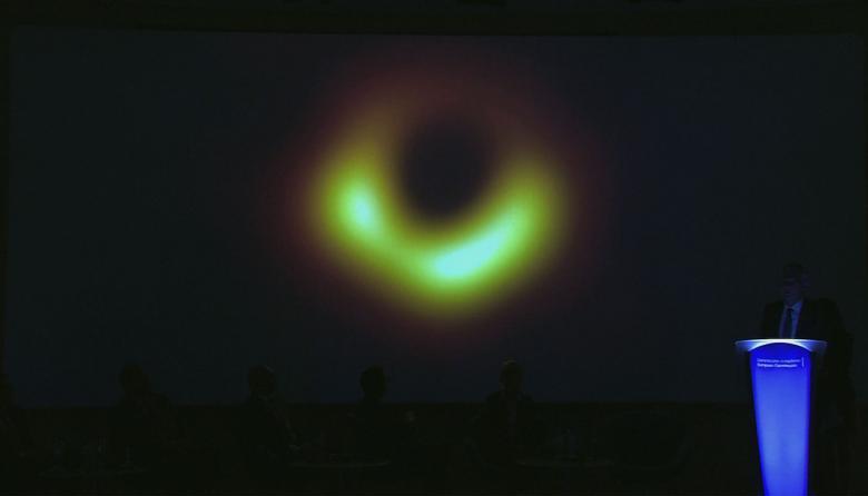 La imagen histórica de un agujero negro detectado a 50 millones de años luz de la Tierra