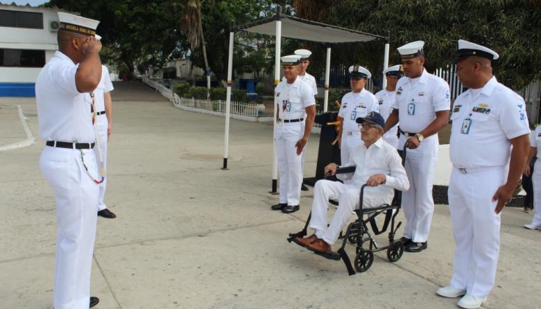 Escuela Naval de Suboficiales celebra 85 años de historia