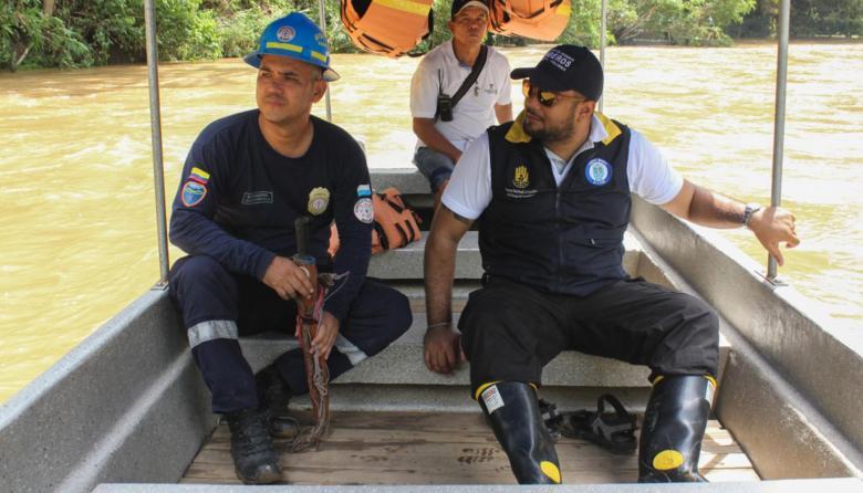 Alertan a turistas por tempestad en Santa Marta