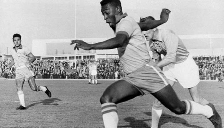 En video   El histórico gol 1.000 de Pelé cumple 50 años