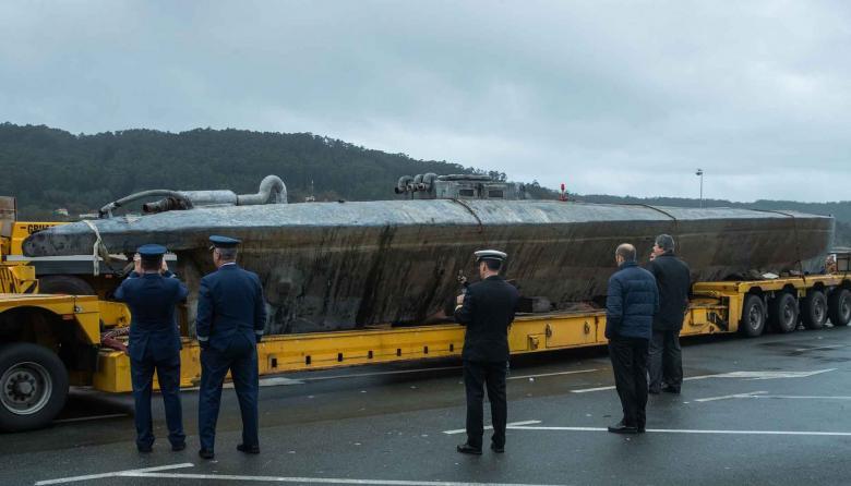 Las autoridades se encuentran cerca de un submarino utilizado para transportar drogas ilegalmente en Aldan, noroeste de España.
