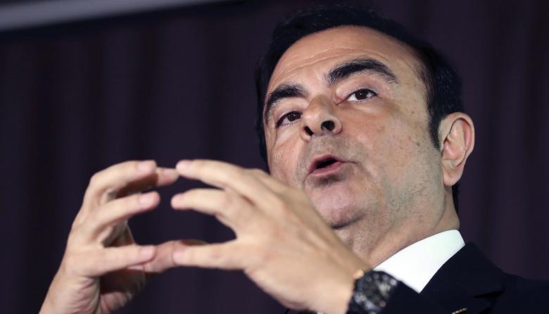 Revelan que Ghosn fue en tren al aeropuerto de Osaka para huir de Japón