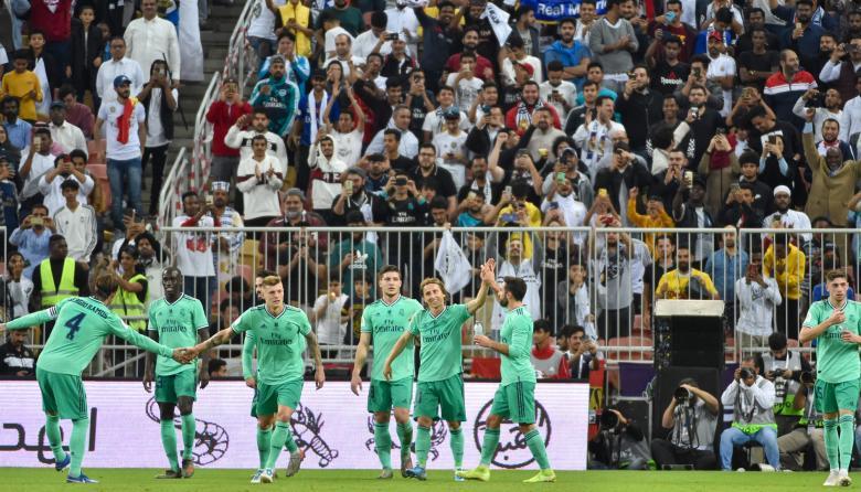 El Real Madrid lamina al Valencia y se mete en la final de la Supercopa