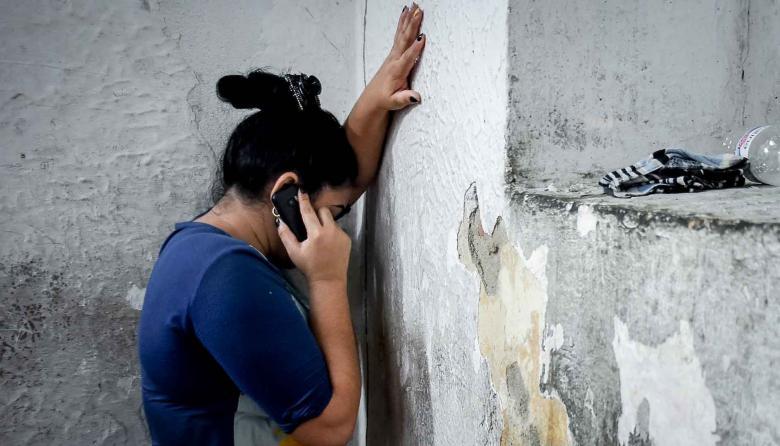 La red de sicólogos atienden a las personas a través de las líneas telefónicas dispuestas para ello.