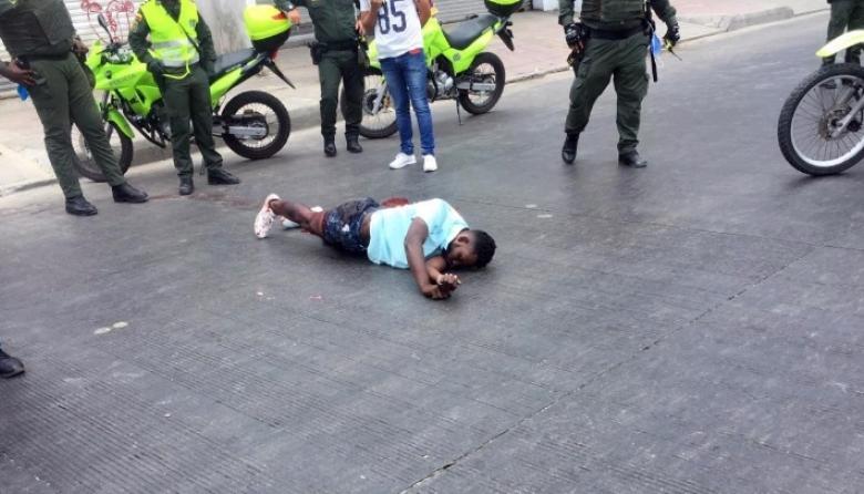 Esta es la persona capturada por la Policía de Cartagena. Luego murió en una clínica.