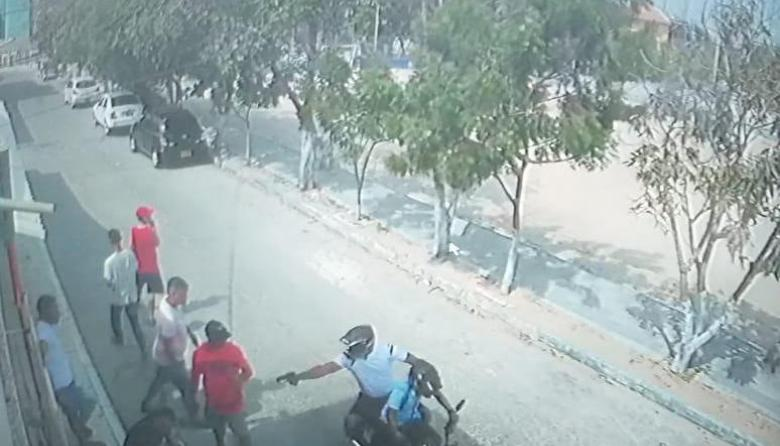 Atentado en Costa Hermosa deja dos heridos a bala