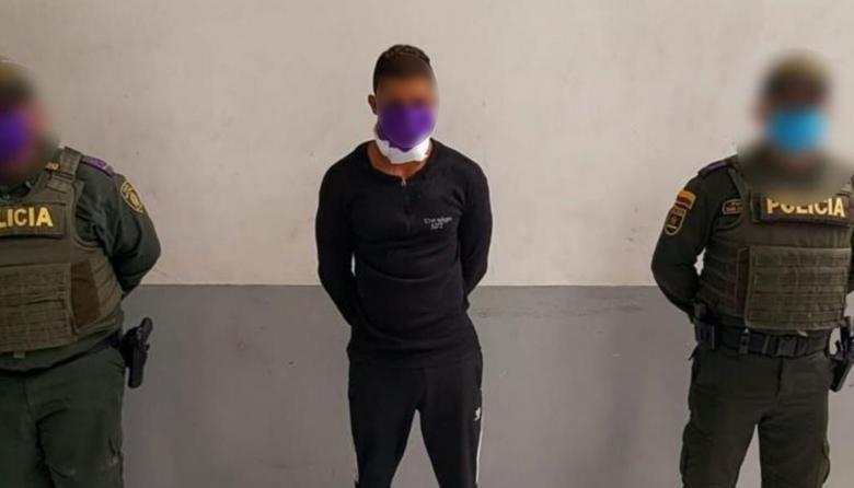 Feminicidio en Siete de Abril: un hombre apuñaló en el cuello a su pareja de 17 años