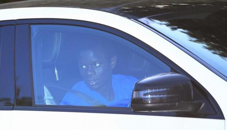 N'golo Kanté tras acudir al primer entrenamiento del Chelsea.