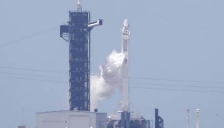 En video | Despega con éxito el primer vuelo espacial privado a la EEI