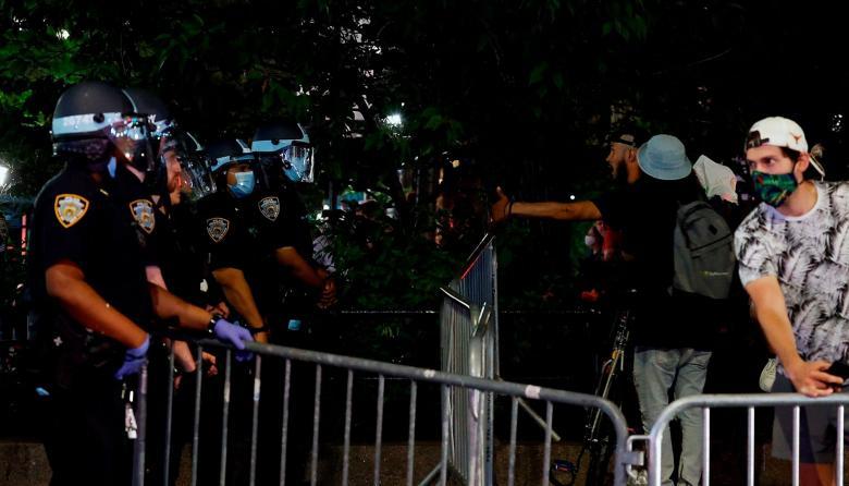 La actuación policial atiza la violencia en las protestas de EEUU