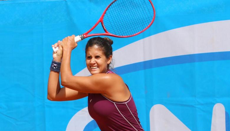 María Paulina Pérez, tenista del registro del Atlántico.