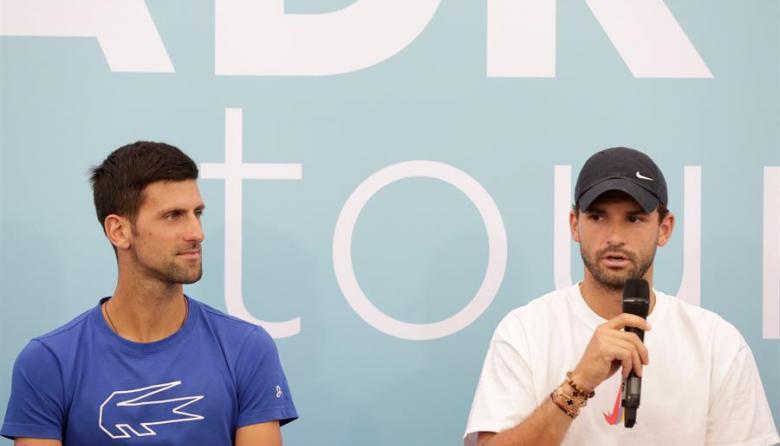 Novak Djokovic y Grigor Dimitrov durante la presentación del torneo benéfico Adria Tour.