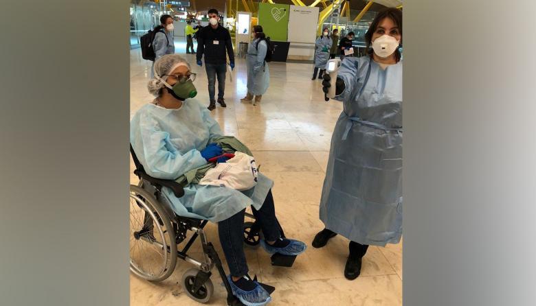 La joven Valeria Guerrero ha contado con la compañía de su madre, Marta Storino, en su tratamiento.