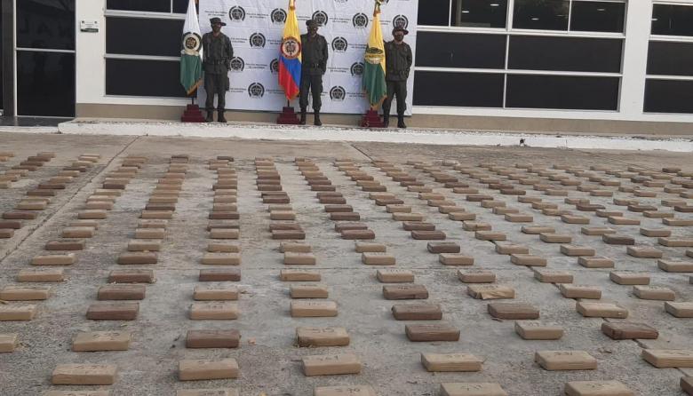 Hallan 765 kilos de cocaína dentro de camión cisterna en el Magdalena