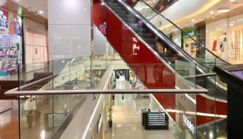 Al menos ha cerrado el 25% de los establecimientos ubicados en el interior de los centros comerciales de Cartagena.