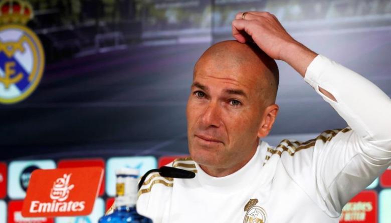 El técnico Zinedine Zidane espera celebrar mañana el título de la Liga de España con el Real Madrid.